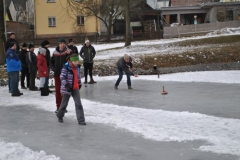 20128-0304_Eisstockschiessen_2